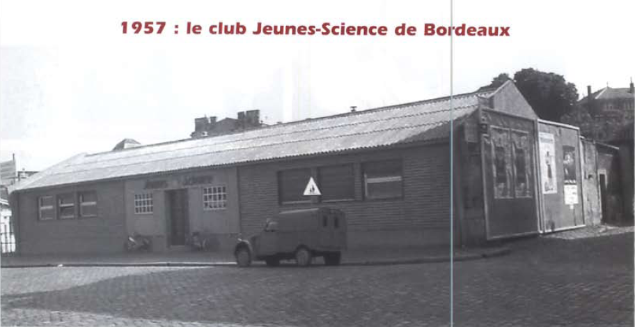 Le premier club